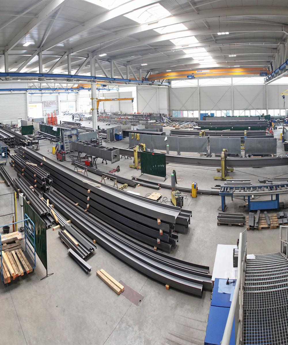 Stellenausschreibung Fertigungsleiter Stahlbau in der Werkhalle – Hahner Technik