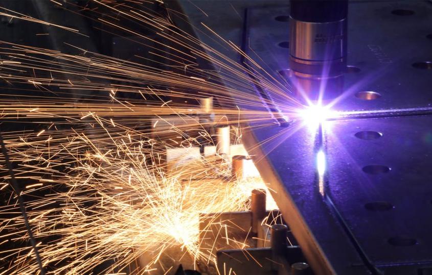 Hahner Technik Stahlbau-Infotage: Nachhaltiger Stahlbau mit Laser – Bernhard Hahner